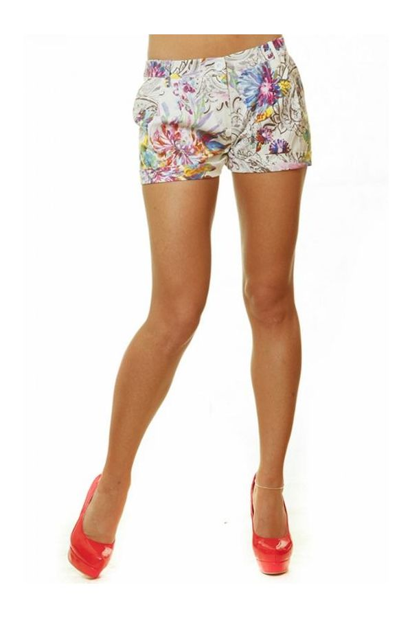 summer shorts pants with multicolour floral print pattern and pleats blue