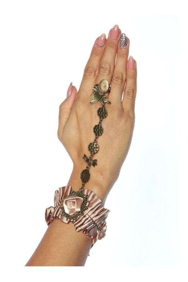 AT1312757 HAND JEWERLY BURLESQUE
