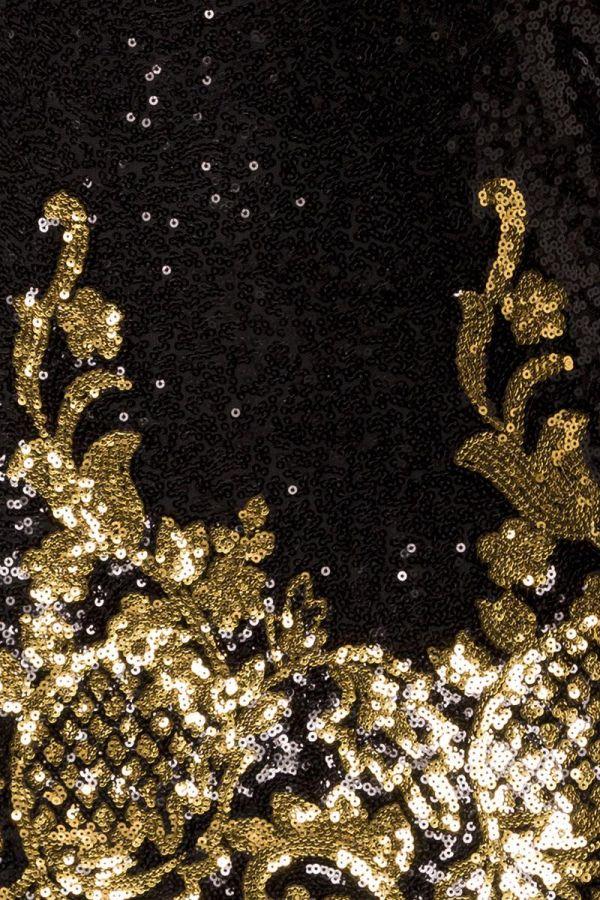 βραδινό αμπιγιέ μαύρο φόρεμα διακοσμημένο χρυσές παγιέτες φλοράλ σχέδιο
