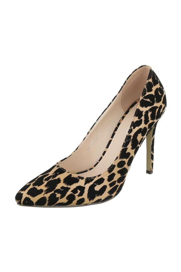pointed pump leopard