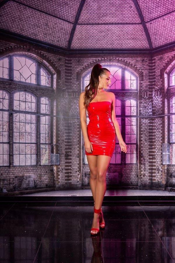 dress vinyl strapless red.