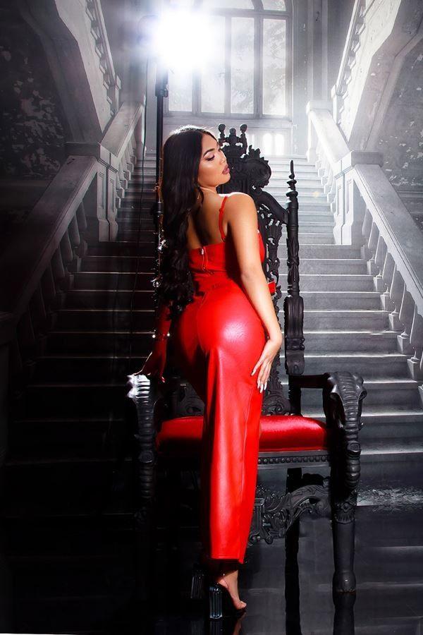 φόρεμα μακρύ σέξι δερματίνη κόκκινο.