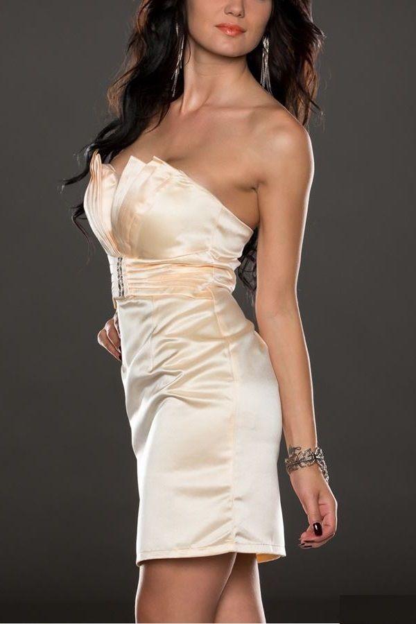 dress straplesss cream.