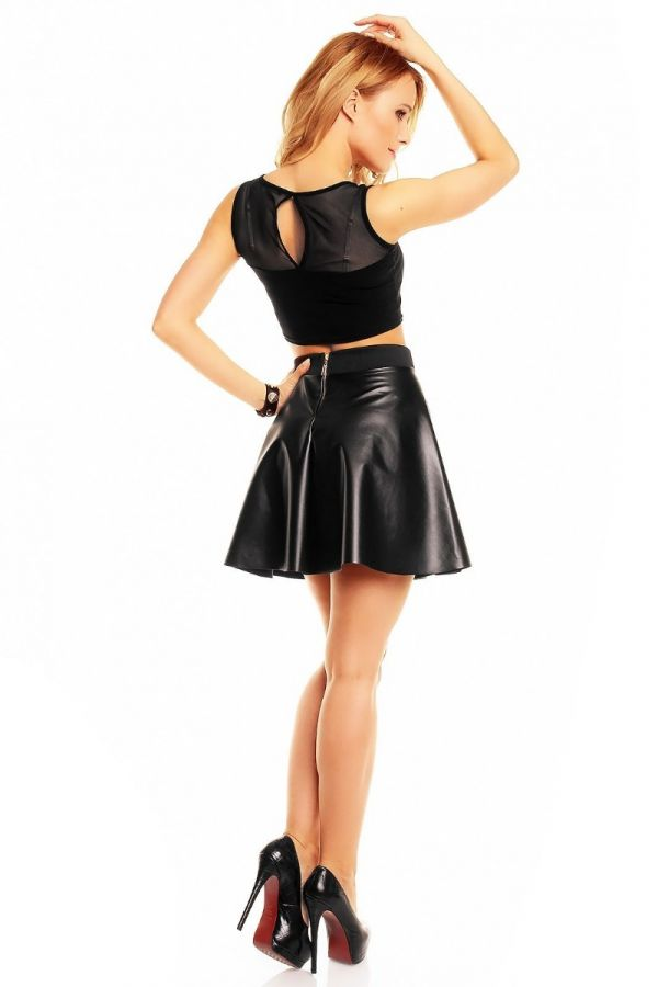 skirt closs leatherette black.
