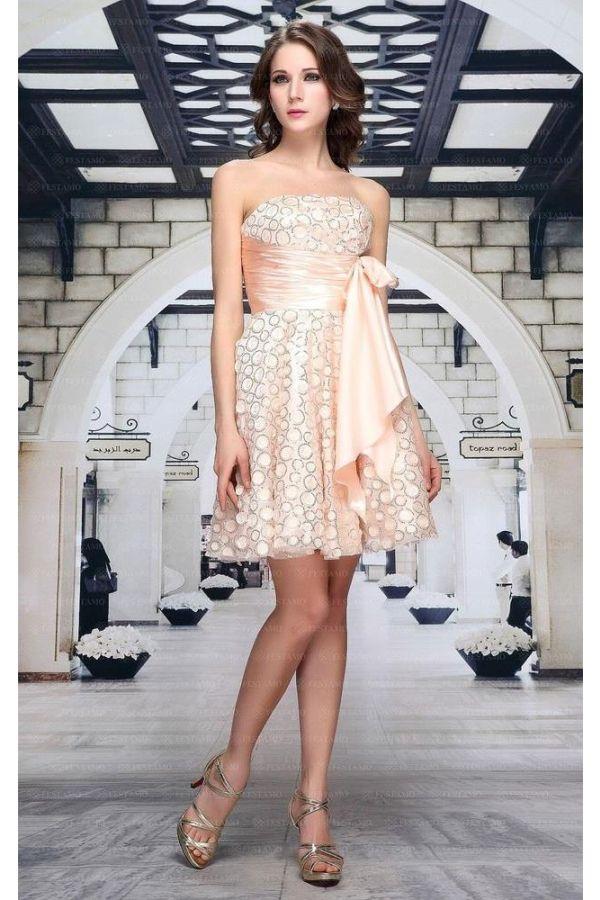 βραδινό κοκτέιλ στράπλες κοντό φόρεμα διακοσμημένο με παγιέτες και σατέν ζώνη ροζ