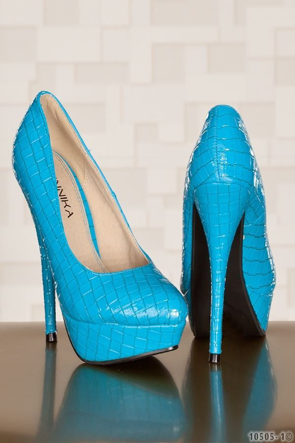 PUMP CROCO PATENT BLUE Q1810505