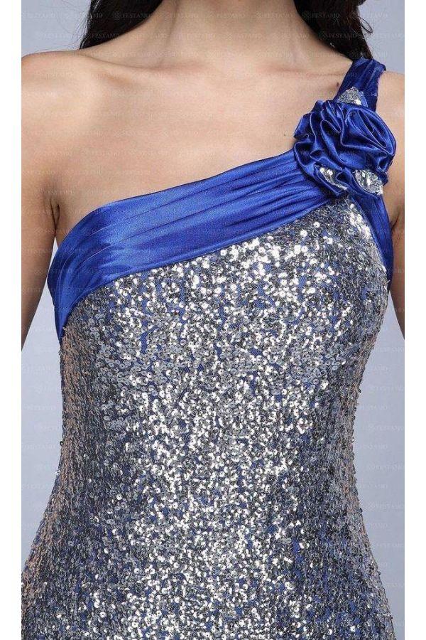 επίσημο βραδινό μακρύ φόρεμα καλυμμένο με παγιέτες ασύμμετρο ένας ώμος διακοσμημένο με μπλε φάσα λουλούδι και πέτρες ασημί