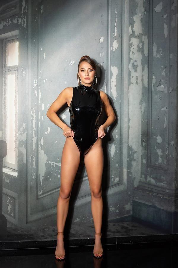 body vinyl sexy sleeveless black.