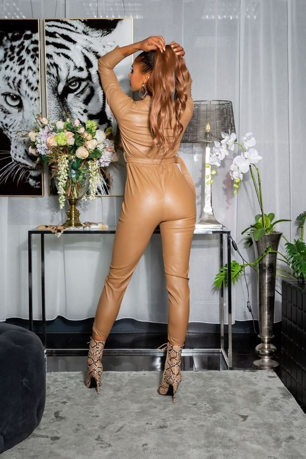 ολόσωμη φόρμα φερμουάρ δερματίνη camel.