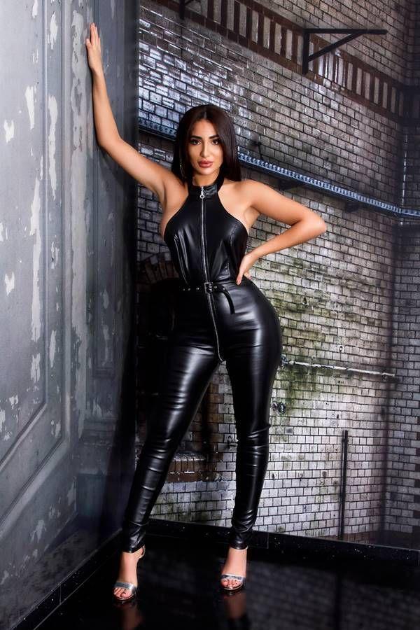 jumpsuit sexy zipper leatherette black.