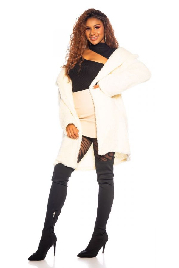 coat faux fur white.