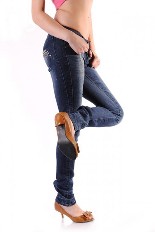 pants jean with studs blue.