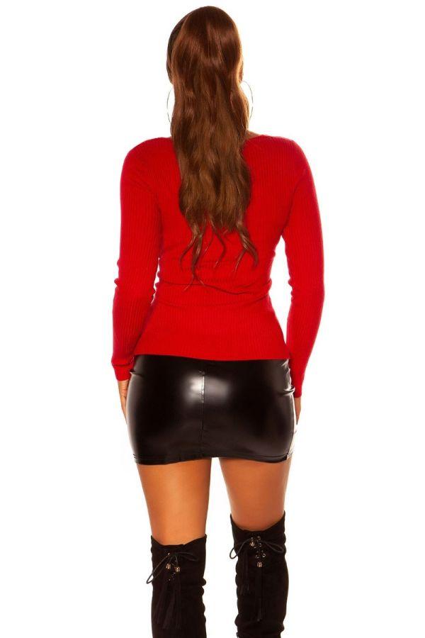 πουλόβερ πλεκτό ασύμμετρο κόκκινο.