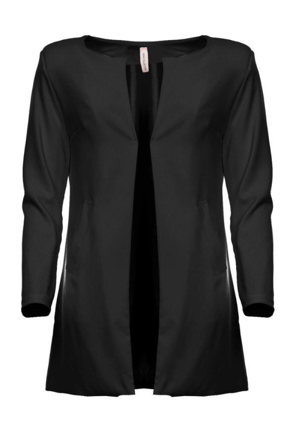μακρύ μαύρο σακάκι.