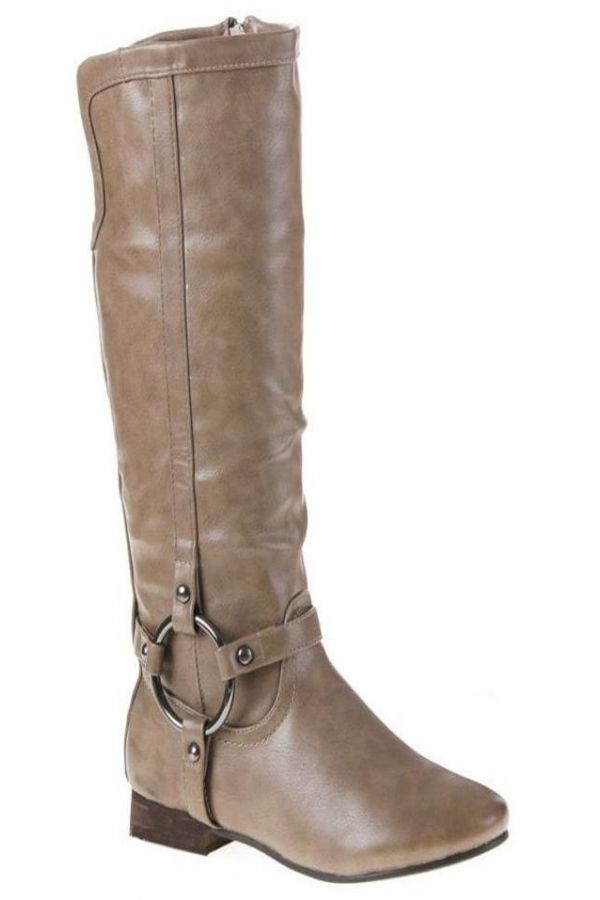 riding boot decorated with silver metallic ring and flat heel beige