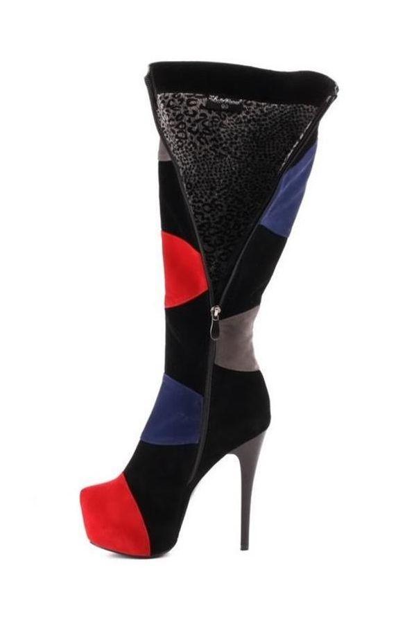 εντυπωσιακή σουέντ μπότα διακοσμημένη με πολύχρωμα πάνελς μαύρη