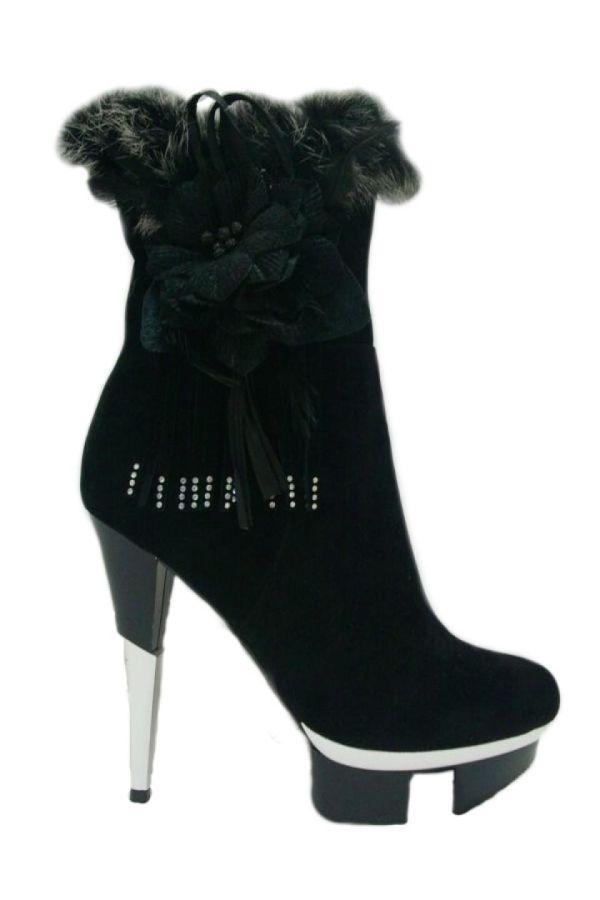 high heels σουέντ μποτάκι διακοσμημένο με γούνα και στράς ασημί τακούνι μαύρο